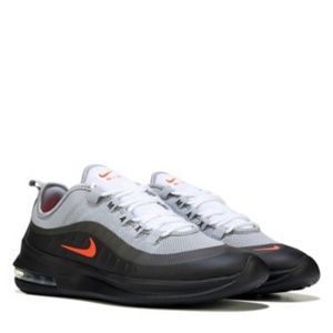 Nike air max axis sneakers size 10
